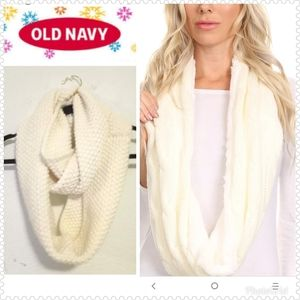 NWOT Old Navy Ivory Knit Infinity Scarf
